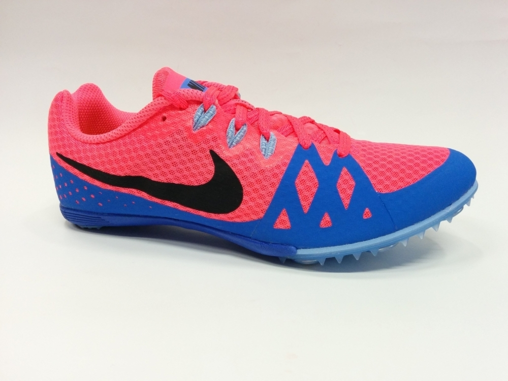 WMNS ZOOM RIVAL M 8